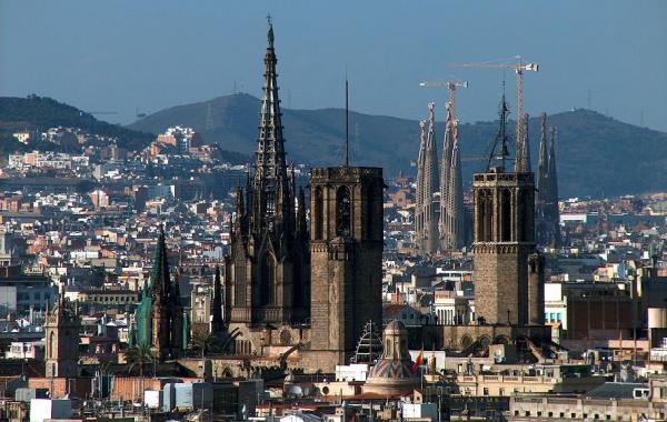 Барселона в мае
