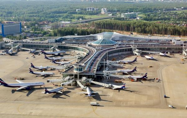 Минтранс предложил переложить ответственность проблемных авиакомпаний на аэропорты