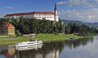 Бесплатные ночные посещения чешского замка