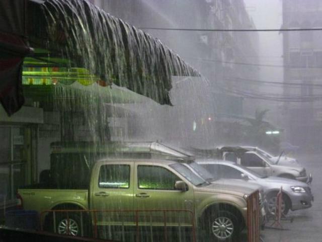 Сезон дождей на пхукете начинается