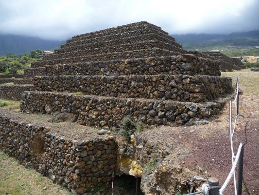 Таинственные пирамиды на острове Тенерифе