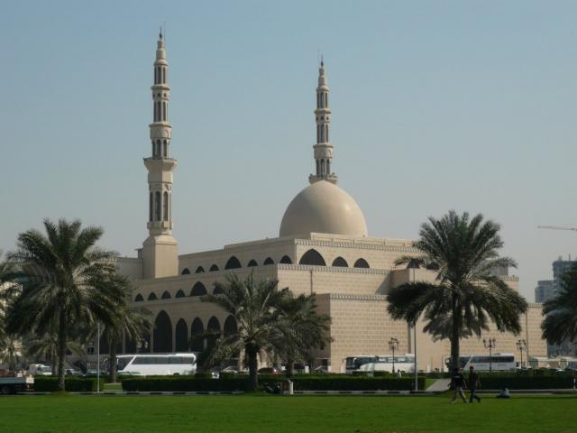 Мусульманский храм в Шардже
