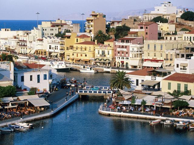 Март на греческой территории