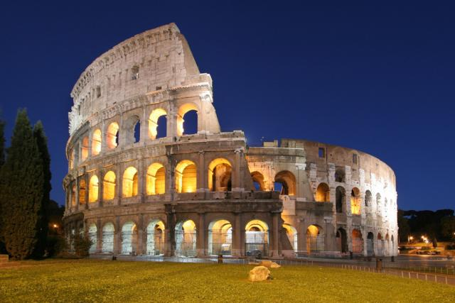 Колизей - визитная карточка Рима