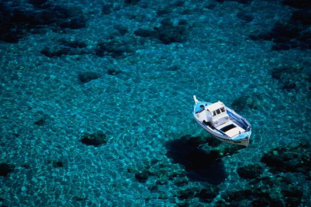 Прозрачное Средиземное море